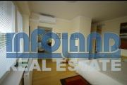Продам роскошные 2-комнатные апартаменты-квартиру с двумя балконами в центре курортного города Дудинце